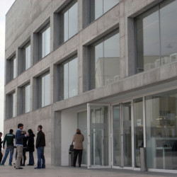 Communications Faculty of San Jorge University Eingang