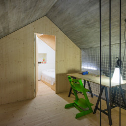 Compact Karst House Arbeitsraus