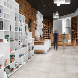 Slovenian Book Center - Innenansicht 2