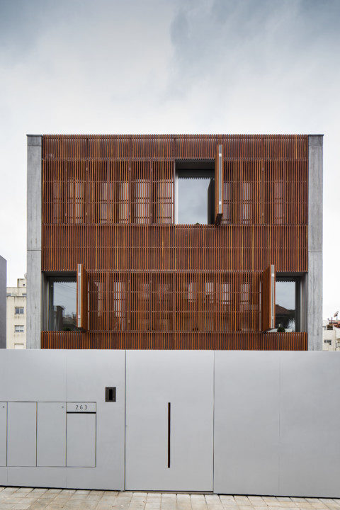 House in Bonfim_Exterior View_11