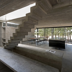 L4 House Treppe