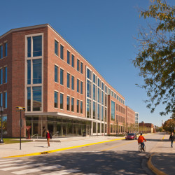 Purdue University Center for Student Excellence and Leadership Außenansicht 1