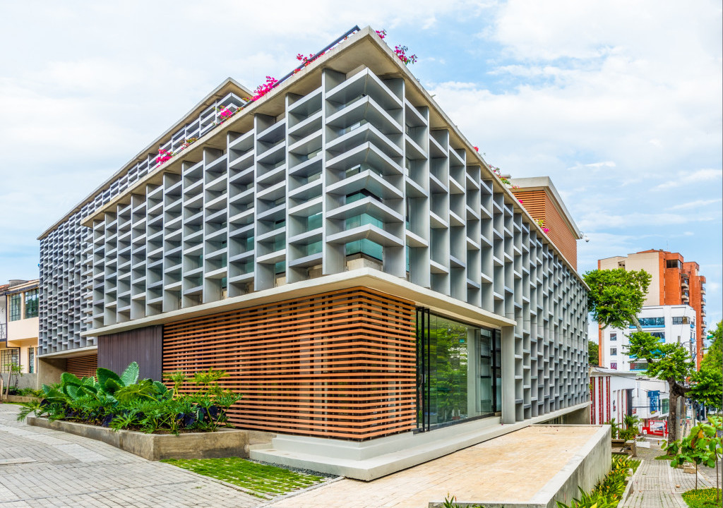 Spectra Building Eingang