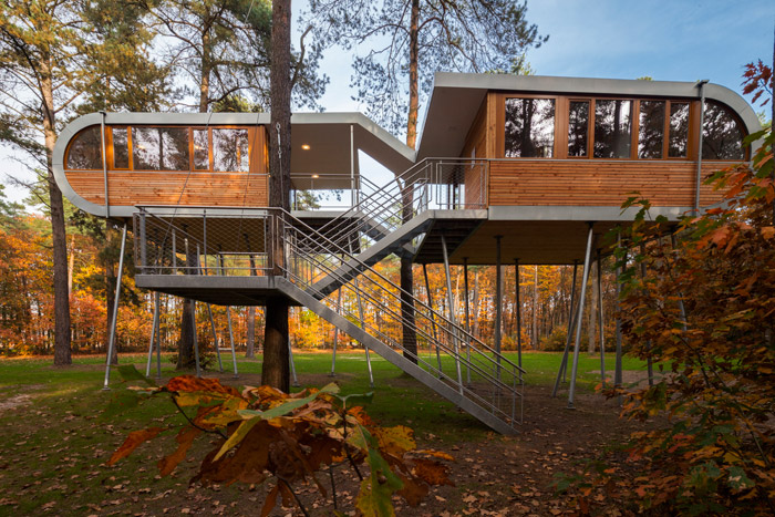 Treehouse Front