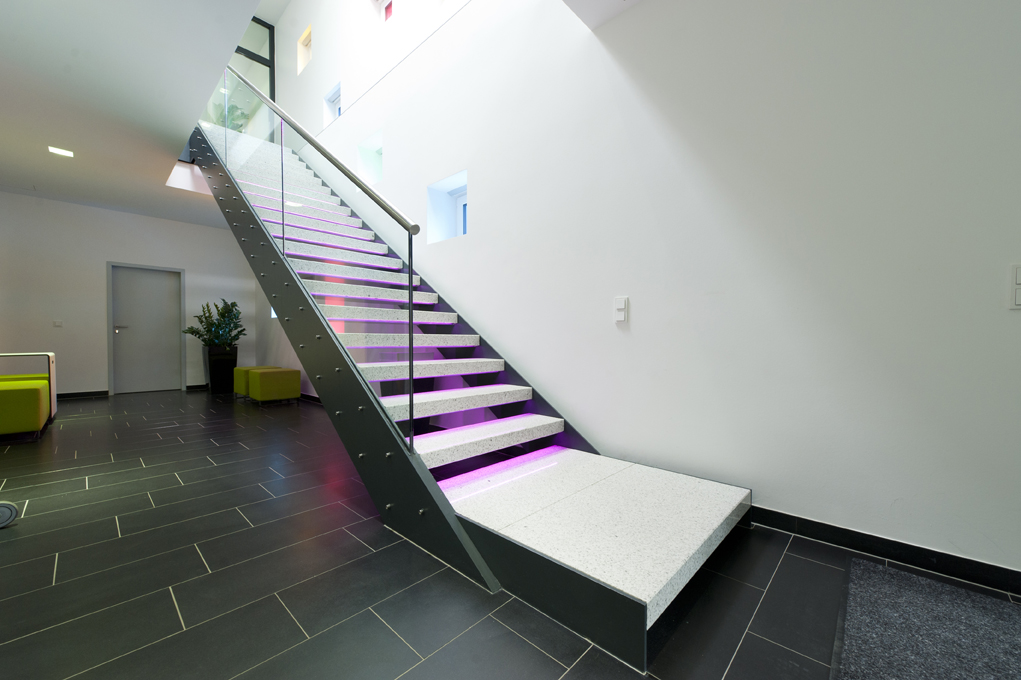 Lampenwelt Office Building Treppe