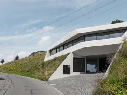 Concrete family home – Monolitär