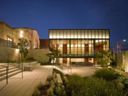Wallis Annenberg Center for Performing Art